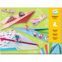 Origami avions filles