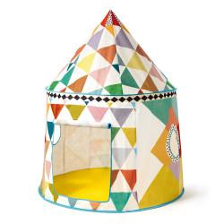 Cabane multicolore