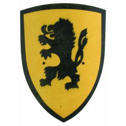 GRAND BOUCLIER BOIS LION JAUNE